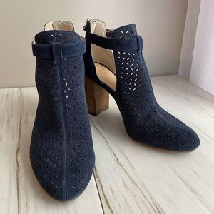 Crown and Ivy Kaylen Cutout Booties
